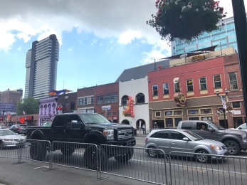NashvilleBroadway_3324