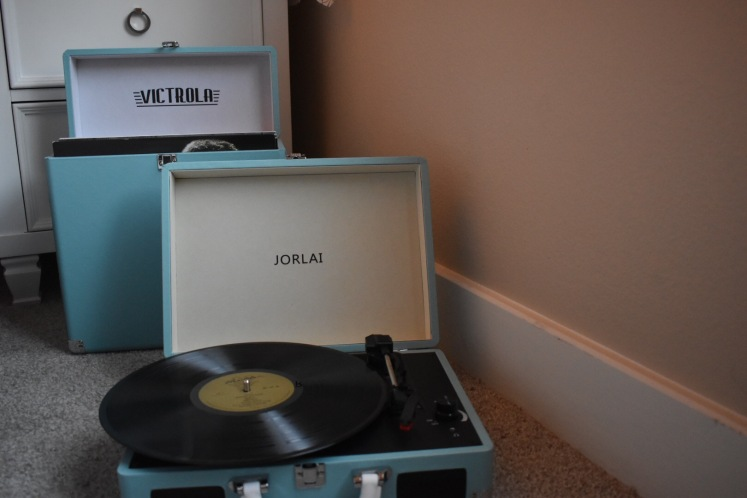jorlairecordplayer_1458
